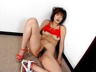 Hairy pussy babe Kana Sakaguchi enjoys toy insertion